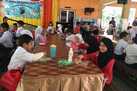 朝ご飯は小学校で!~様々な制度が用意されているマレーシアの教育環境~ /Malaysia
