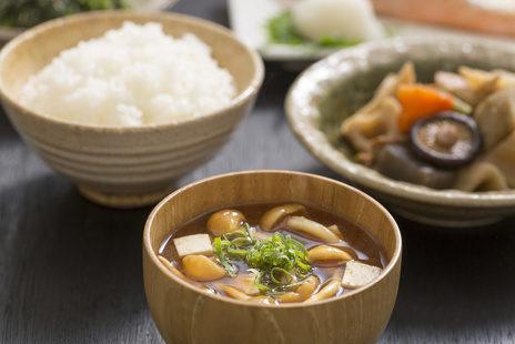 日本の伝統食でカルシウム摂取を