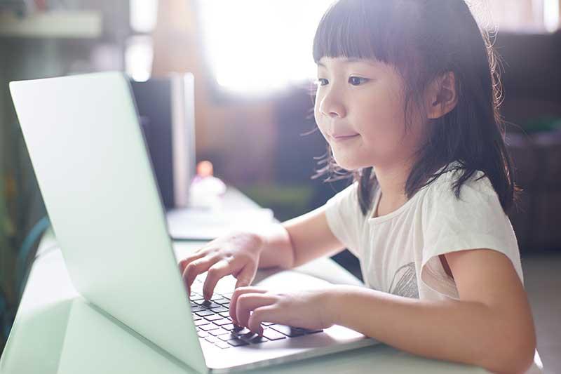 心を満たし、自信を育むオンライン学習支援スタサポ30